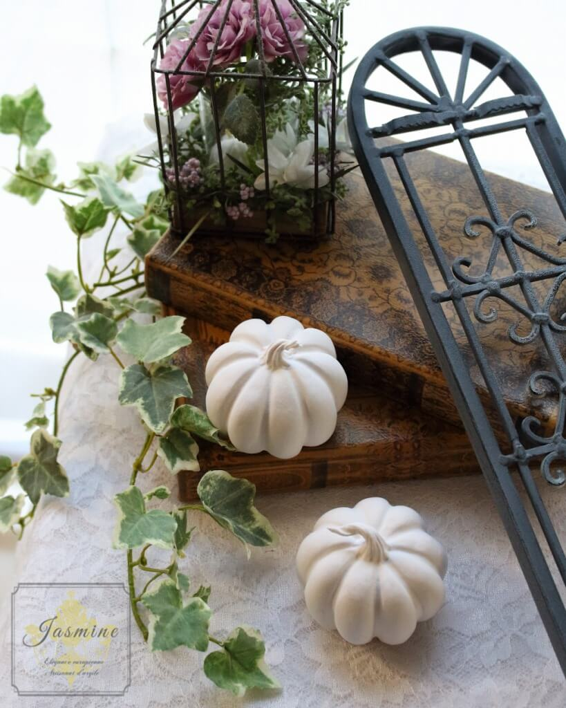 clayart-jasmine_pumpkin2020